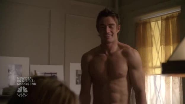 "Robert Buckley as Kirby Atwood shirtless in Lipstick Jungle 1×05 ""Chapter Five: Dressed to Kill"""