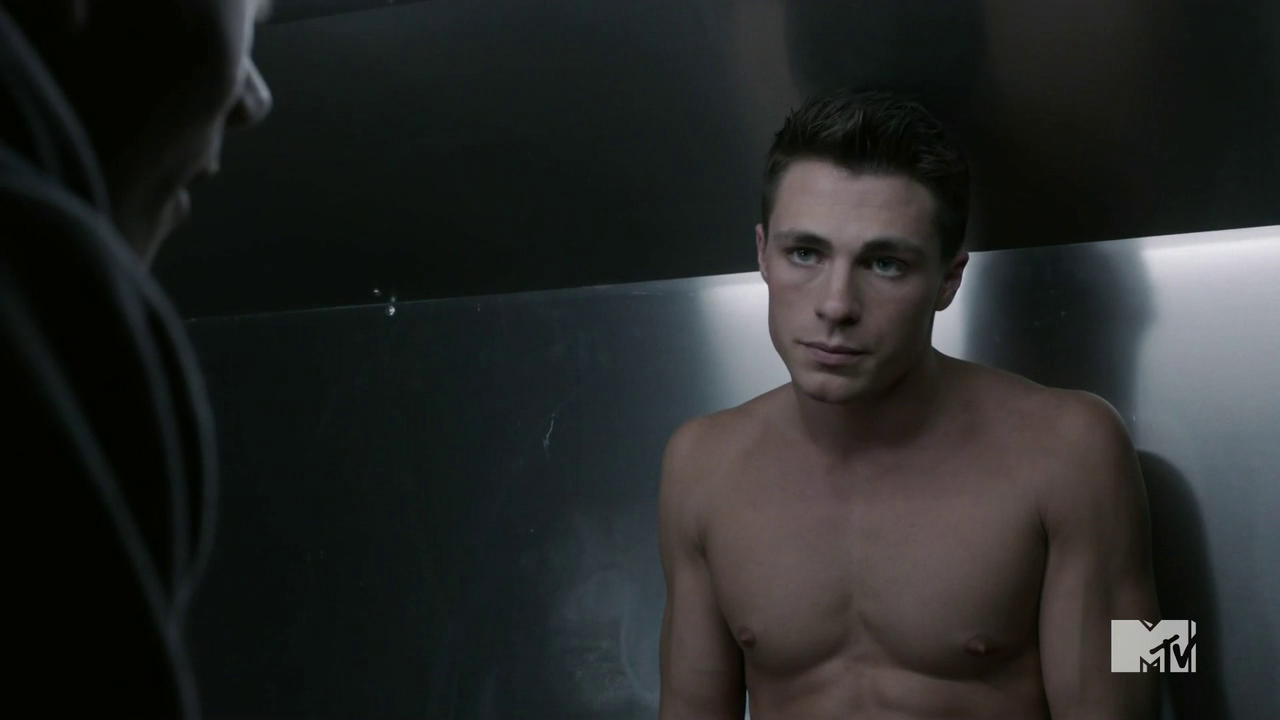 "Colton Haynes as Jackson Whittemore and Keahu Kahuanui as Danny Mahealani shirtless in Teen Wolf 2×06 ""Frenemy"""