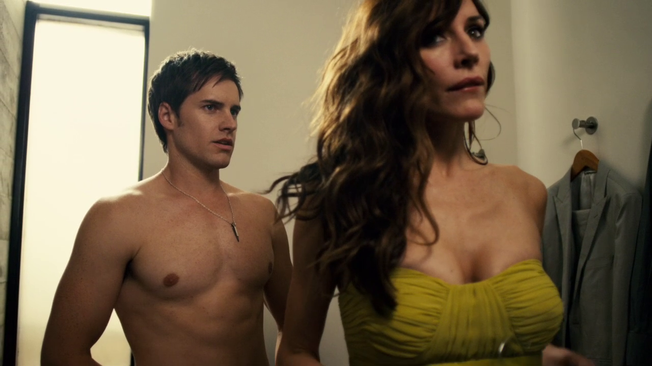 "Jonathan Patrick Moore as Connor Lake shirtless in The L.A. Complex 2×04 ""Be a Man"""