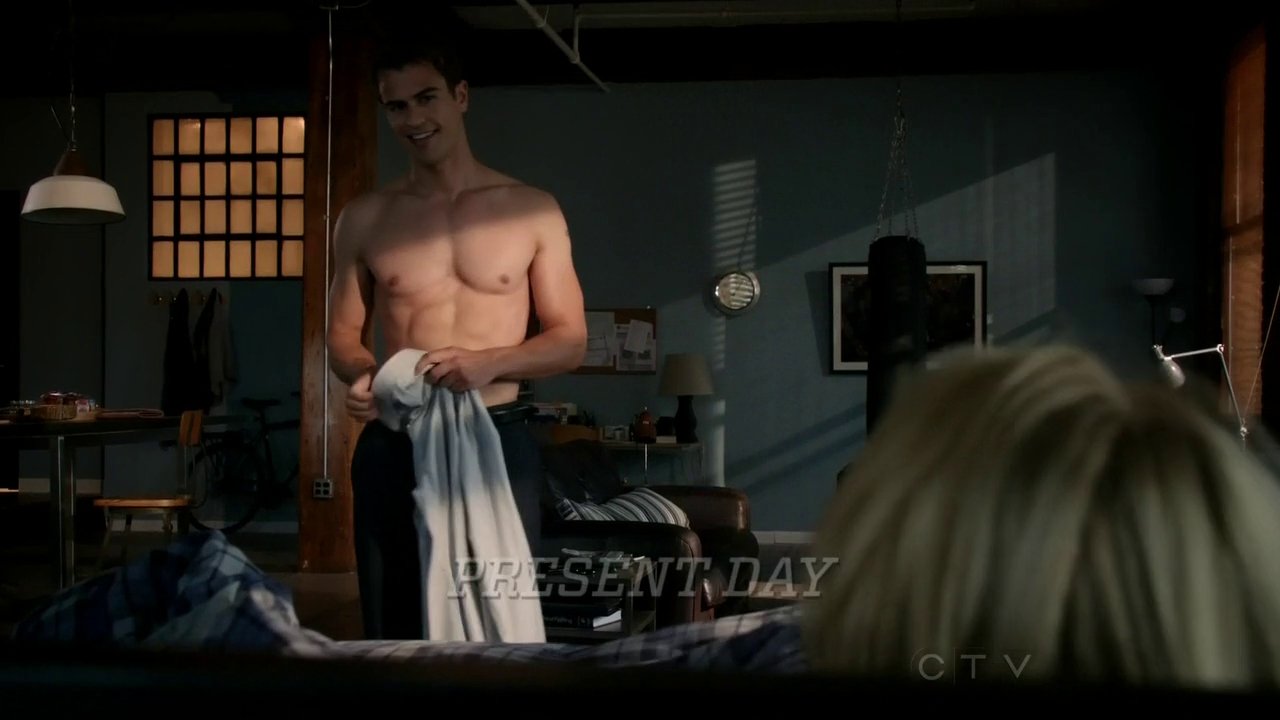 "Theo James as Walter William Clark Jr. shirtless in Golden Boy 1×03 ""Young Guns"""