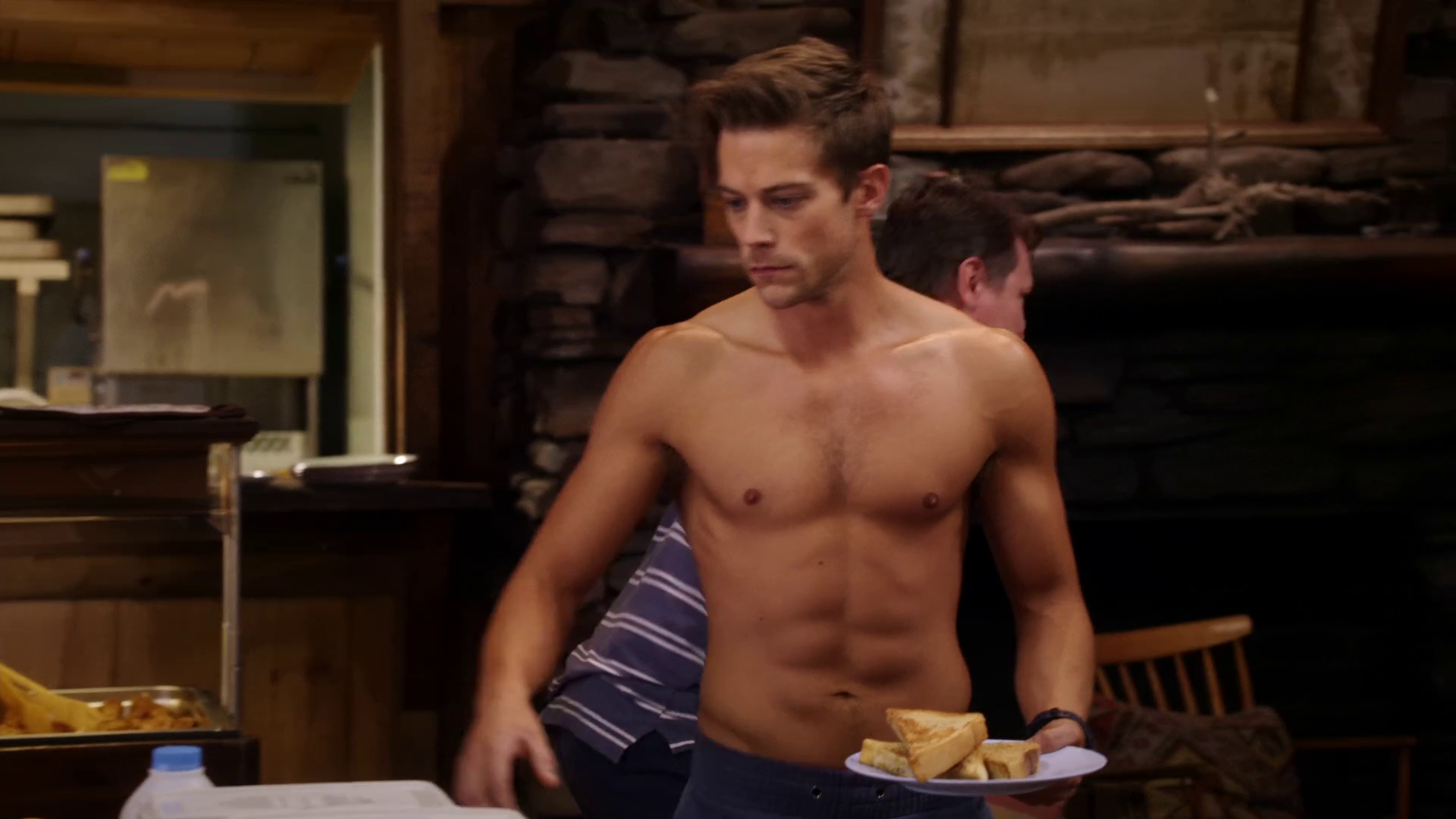 "Tim Pocock as Robbie Matthews shirtless in Camp 1×02 ""Capture the Flag"""