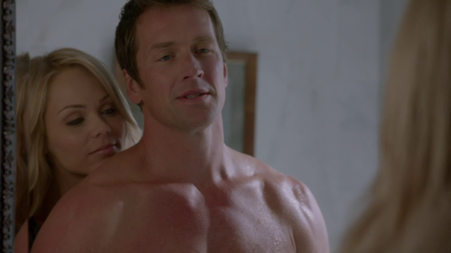 "Paul Greene as Philip McAdams shirtless in Bitten 1×01 ""Summons ... Camgigandet"