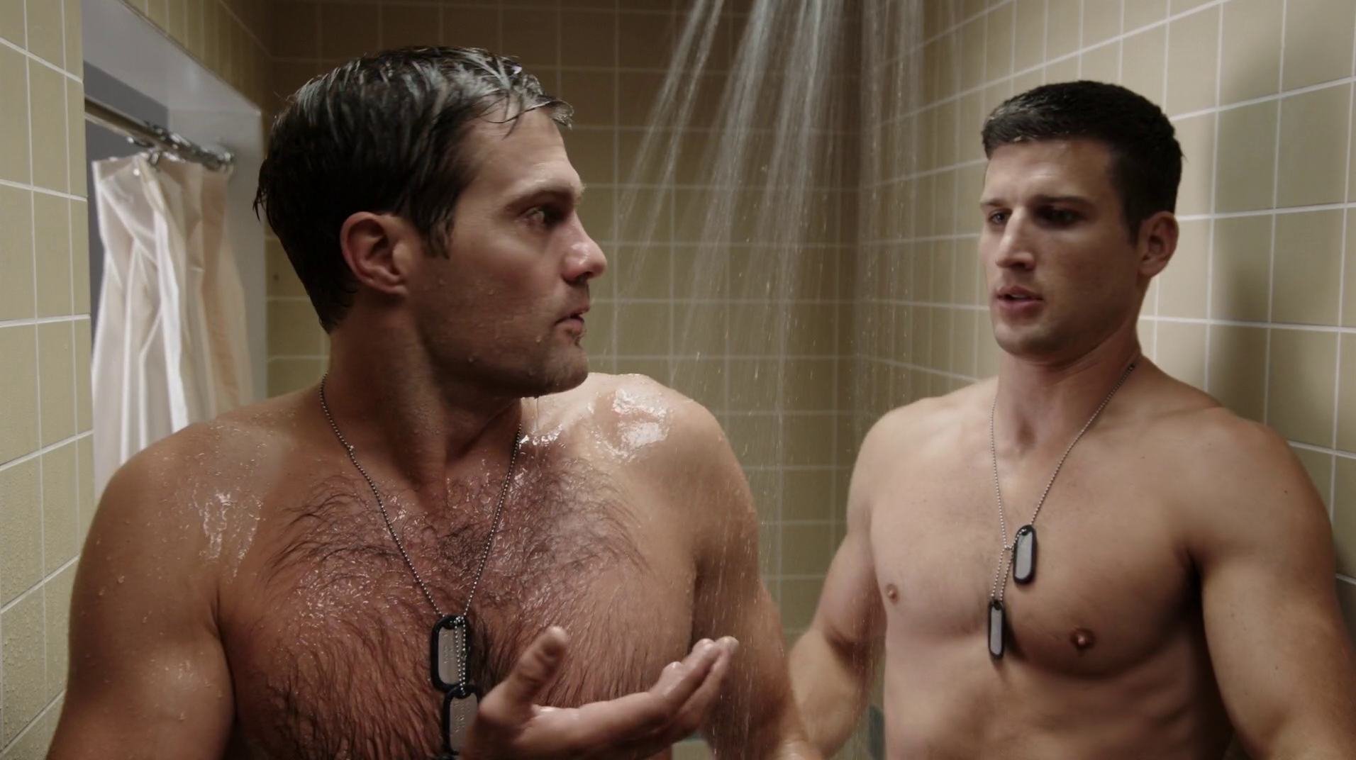 "Geoff Stults as Sergeant Pete Hill and Parker Young as Private Randy Hill shirtless in Enlisted 1×03 ""Pete's Airstream"""