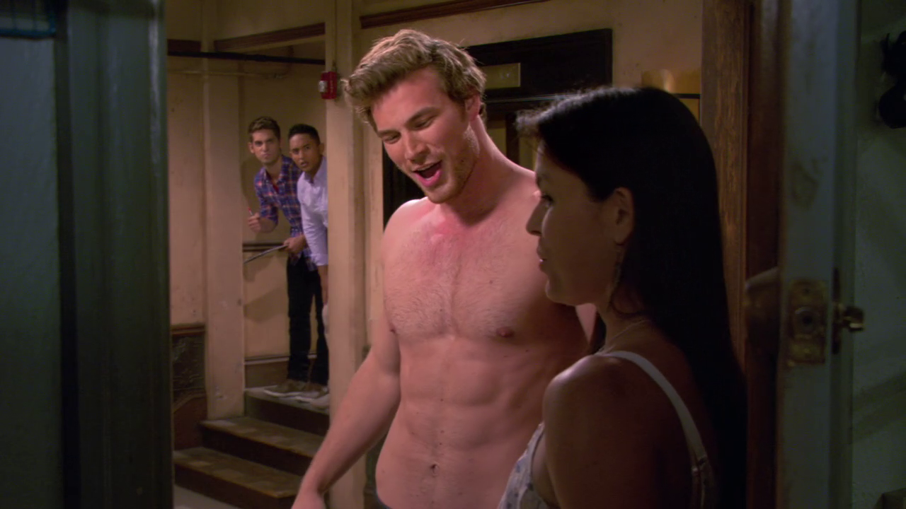 "Derek Theler as Danny Wheeler and Tahj Mowry as Tucker Dobbs shirtless in Baby Daddy 3×05 ""Life's A Beach"""