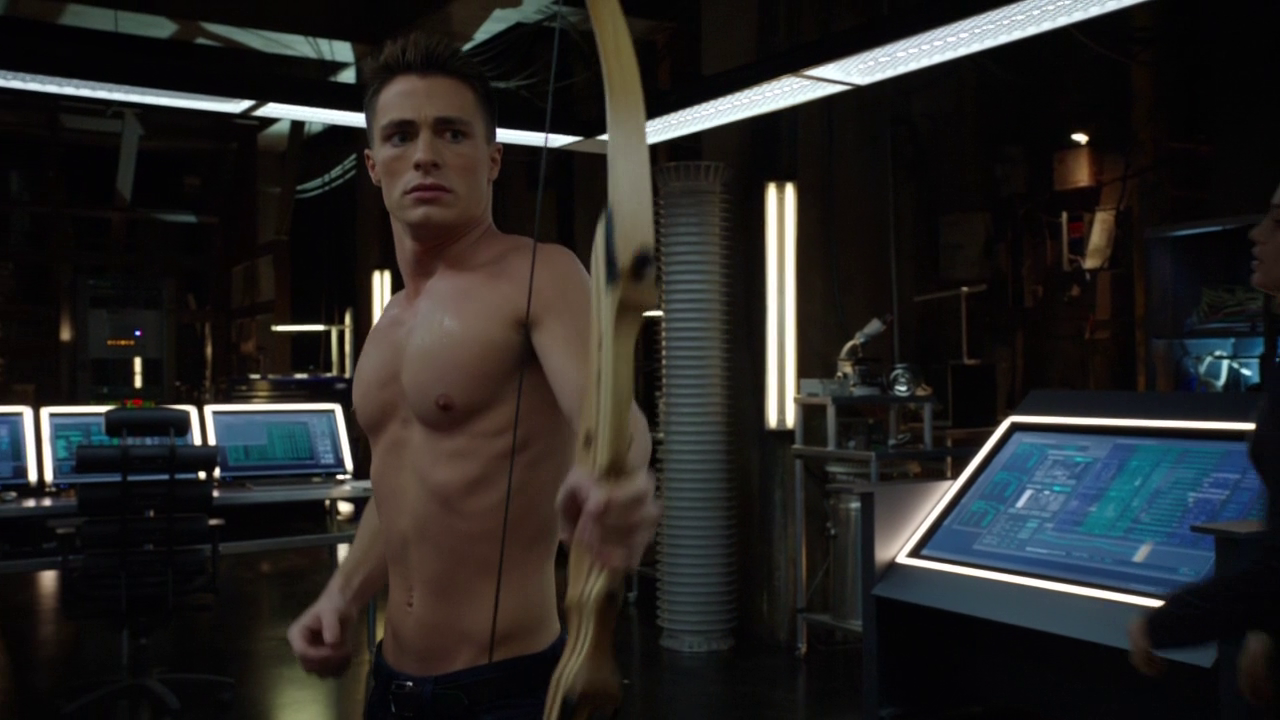 "Colton Haynes as Roy Harper and Stephen Amell as Oliver Queen/Arrow shirtless in Arrow 2×15 ""The Promise"""