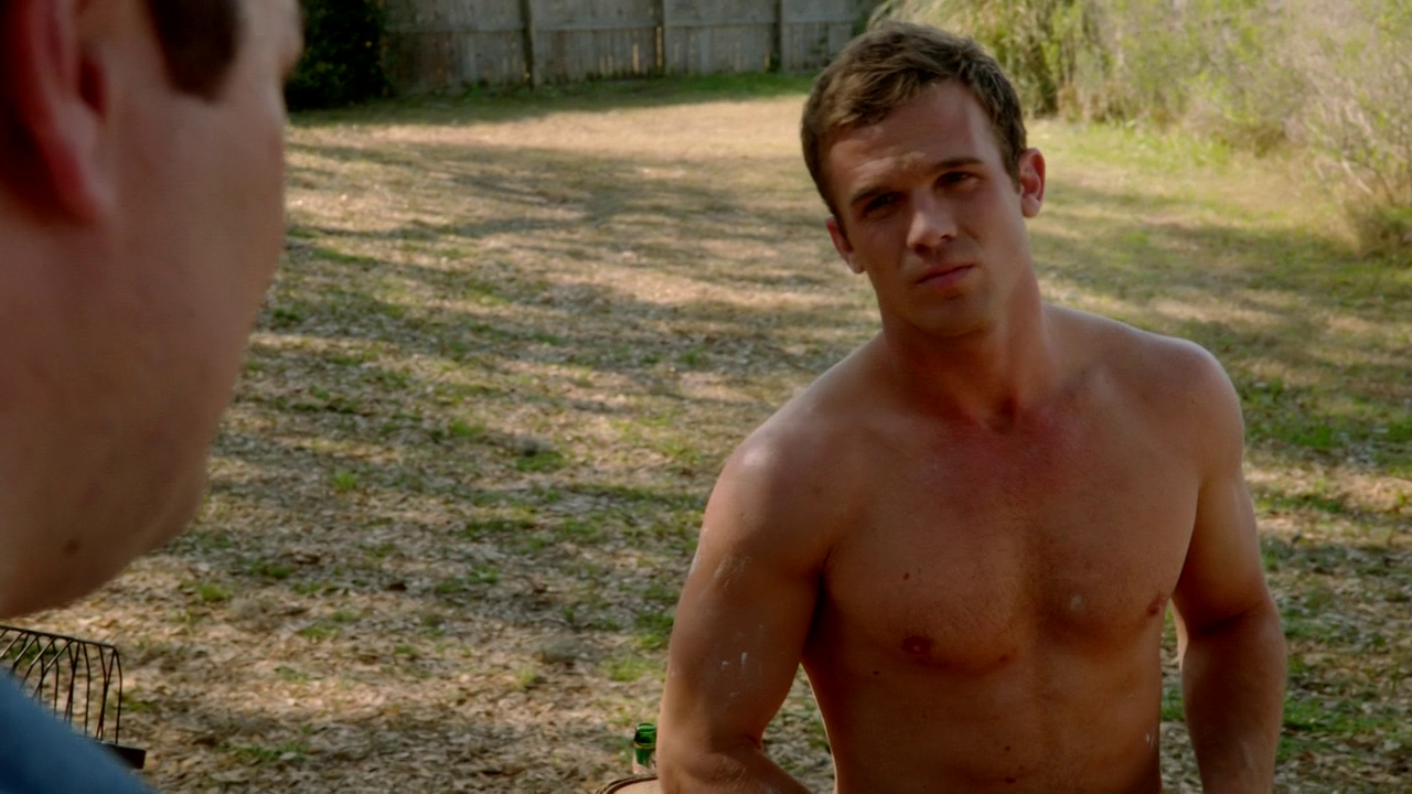 "Cam Gigandet as Roy Rayder shirtless in Reckless 1×01 ""Pilot"""