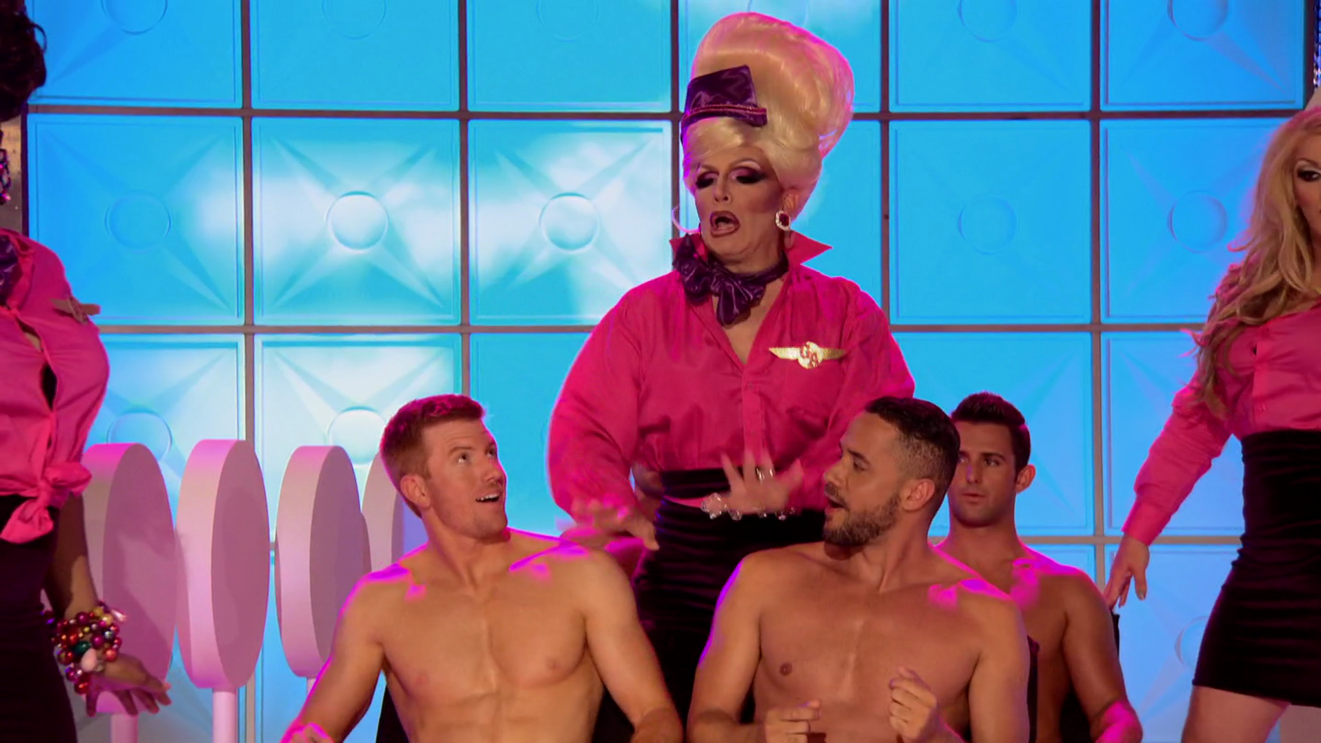 "Bryce Eilenberg, Jason Carter & Miles Davis Moody shirtless in RuPaul's Drag Race 7×02 ""Glamazonian Airways"""