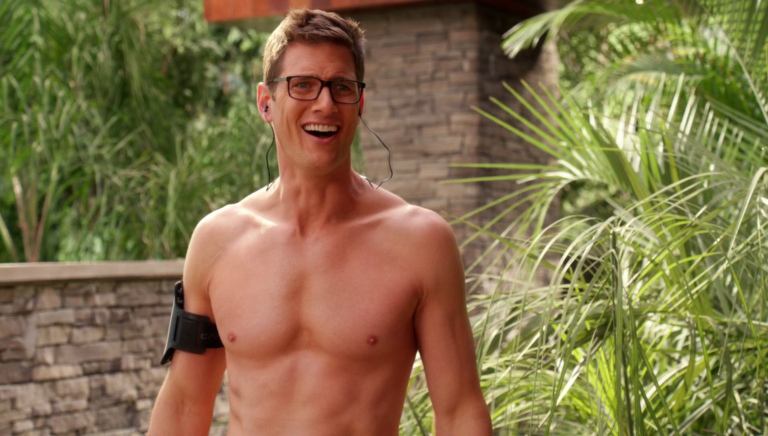 "Ryan McPartlin as Kyle shirtless in Devious Maids 4×05 ""A Time To Spill"""