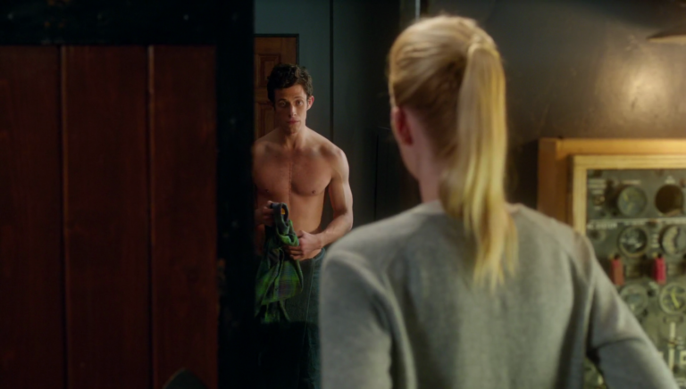 """Kyle Harris as Cameron Goodkin shirtless in Stitchers 1×04 """"I See You"""""""