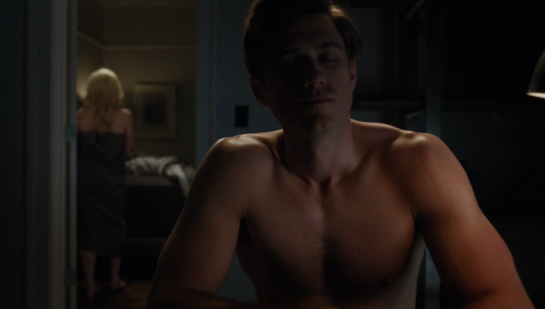 "Aaron Tveit as Gareth Ritter shirtless in BrainDead 1×04 ""Wake Up Grassroots: The Nine Virtues of Participatory Democracy, and How We Can Keep America Great by Encouraging an Informed Electorate"""