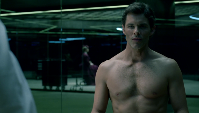 "James Marsden as Teddy Flood shirtless in Westworld 1×03 ""The Stray"""