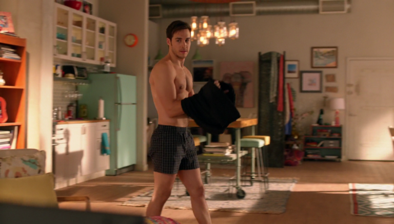 "Chris Wood as Mon-El shirtless in Supergirl 2×14 ""Homecoming"""