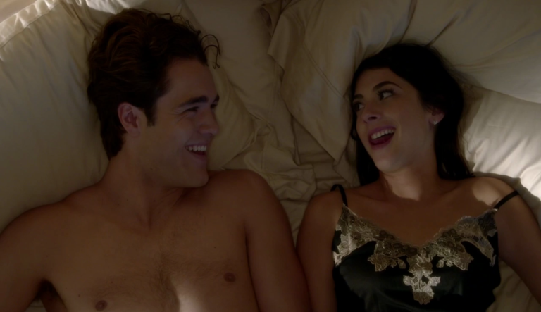 "Charlie DePew as Jake Salt shirtless in Famous in Love 1×05 ""Some Like it Not"""