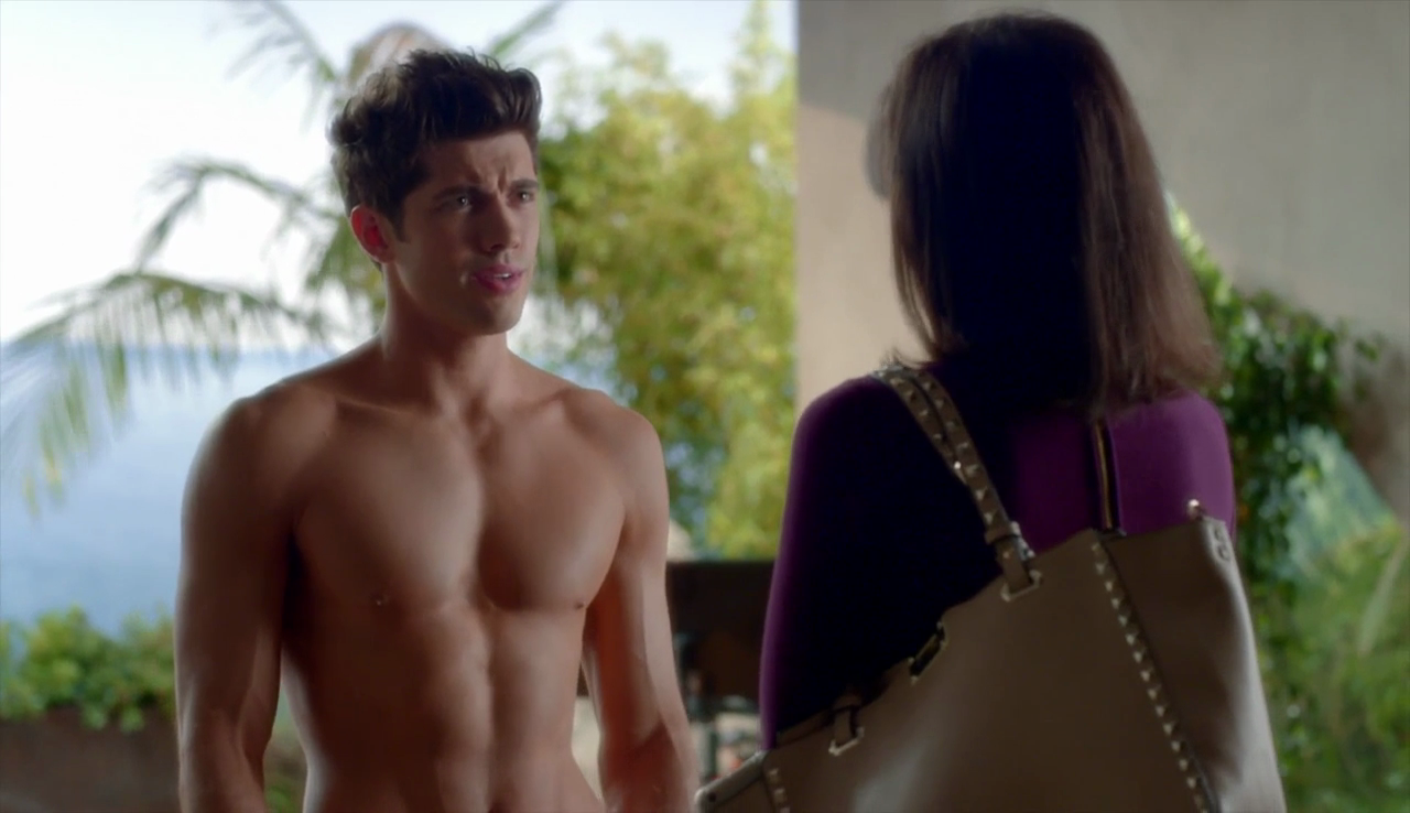"Carter Jenkins as Rainer Devon shirtless in Famous in Love 1×06 ""Found in Translation"""